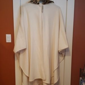 Winter white Cape jacket with hood